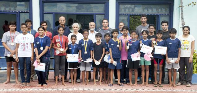 Swimmers from different age groups from Hyderabad who won medals in the recently-held National life-saving pool championship in Pune. PHOTO: By Arrangement / The Hindu
