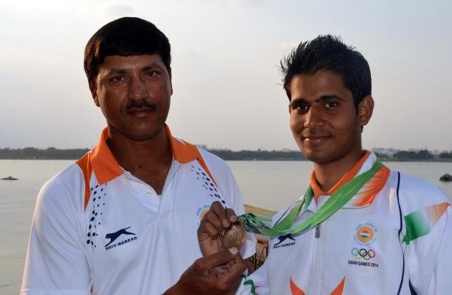 Mohammed Ahmed with his coach Ismail Baig. Photo: V.V. Subrahmanyam / The Hindu