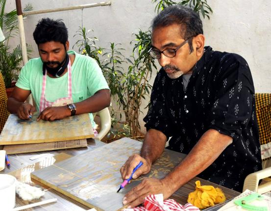 OF WOOD AND COLOURS Artists Pratap Modi and Rajeshwar Rao Photo: K. Ramesh Babu / The Hindu