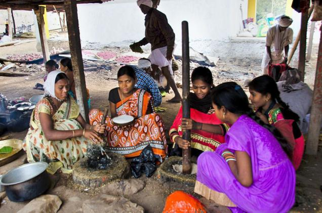 Gond women cooking at a makeshift kitchen at Jangubai caves in Adilabad district. -Photo: by Arrangement